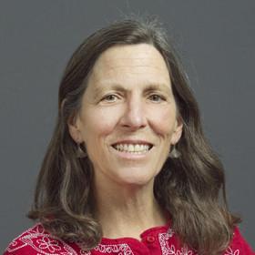 Sarah Hake headshot