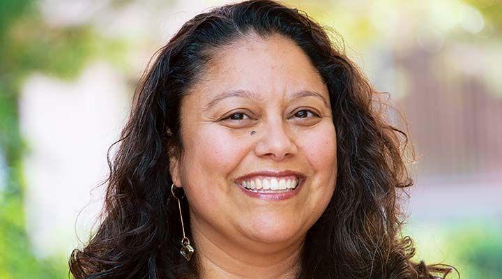 A headshot of Rosalia Mendoza