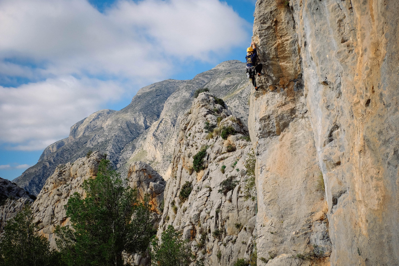 Brooke Maushund rocking climbing