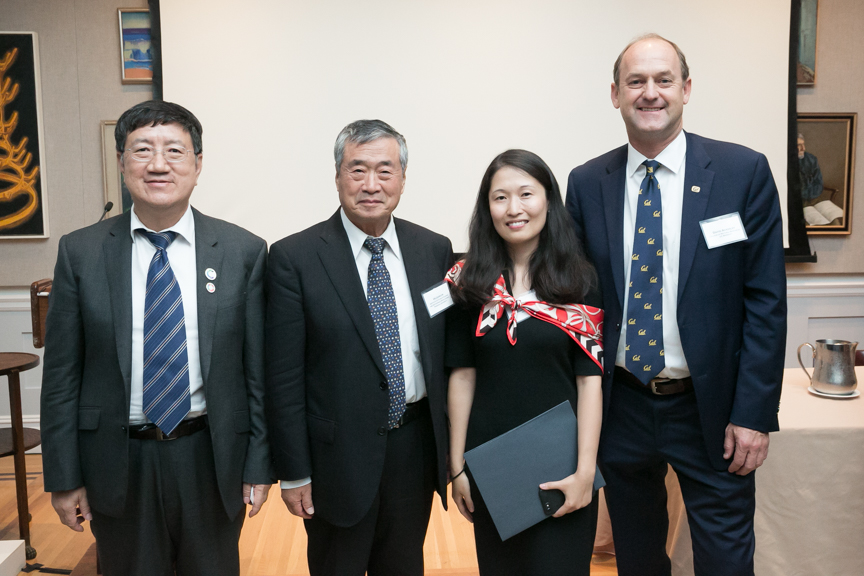 Left to right: Zheng Li, Executive Vice President, Institute of Climate Change and Sustainable Development, Tsinghua University; He Jiankun, Chairman, China's Advisory Committee on Climate Change; Fan Dai, Executive Director, California-China Climate Inst