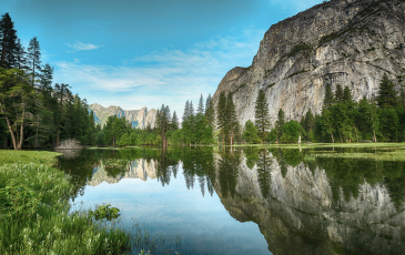View of Sierra Mountains from Yosemite National Park